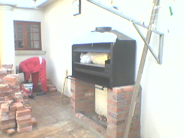 Braai unit in position